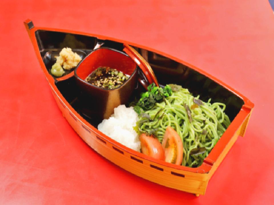 翡翠おろしつけ麺の写真