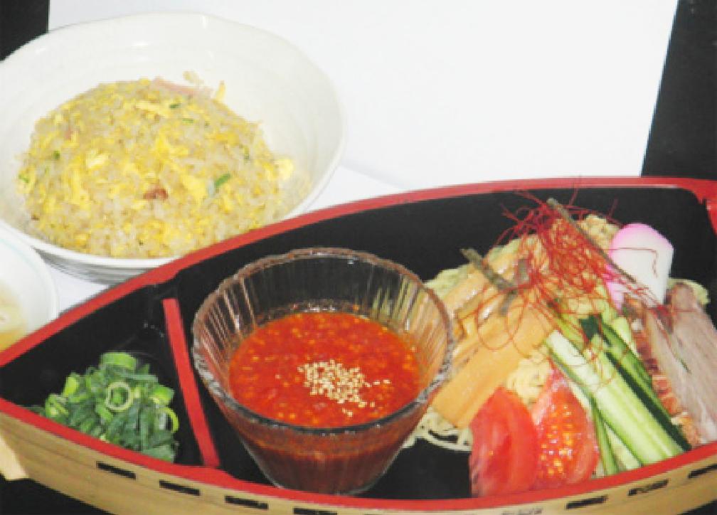 台湾冷やしつけ麺セットの写真